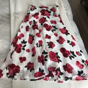 Beautiful floral midi skirt